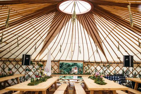32ft yurt simple decor with banquet tables