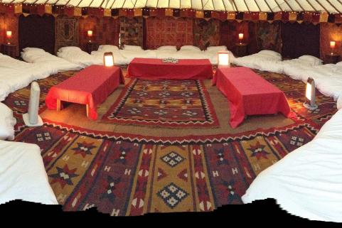 32ft yurt with stunning decor and 20 single floor mattresses